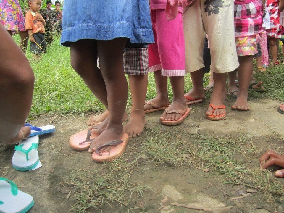 573158dec59e The Flip-flops (rubber slippers) are simple resource for protecting  children s feet from rough terrain